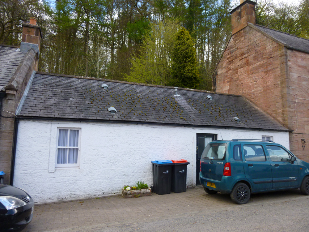 35 Carronbridge, Thornhill, DG3 5AY - Pollock and McLean