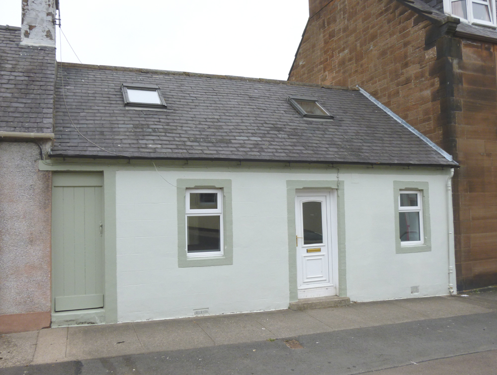 10 New Street, Thornhill, DG3 5NH - Pollock and McLean