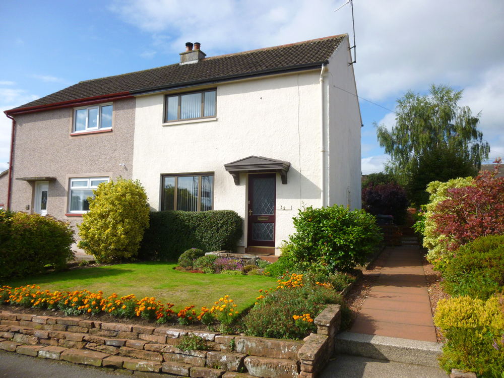 32 Kinnell Street, Thornhill, DG3 4JL - Pollock and McLean